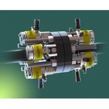 Subsea tensioner - Compact-8